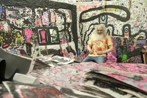 Max Weinberg in seinem Atelier